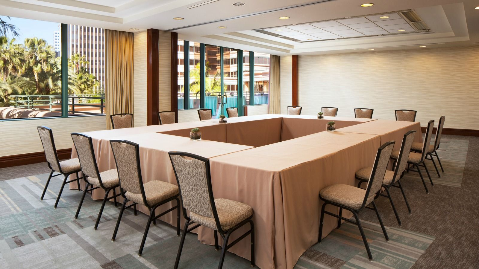 Long Beach Meeting Space -  Tokyo-Vancouver Room
